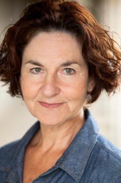 Elaine Caxton