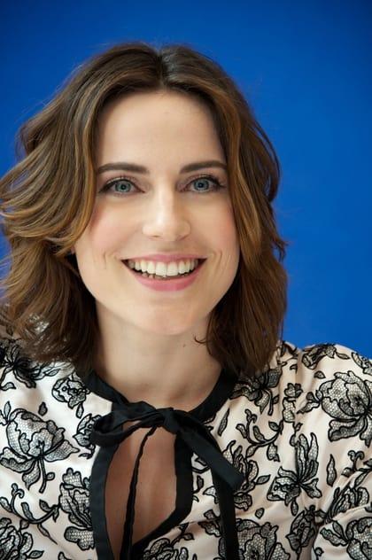 Antje Traue profile picture