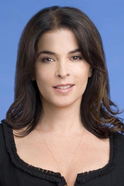 Annabella Sciorra profile picture