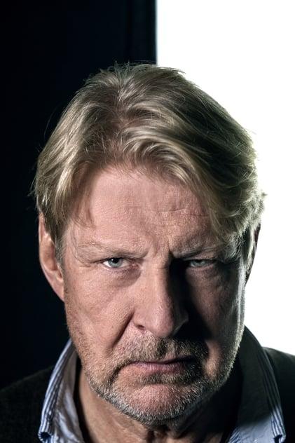Rolf Lassgård profile picture