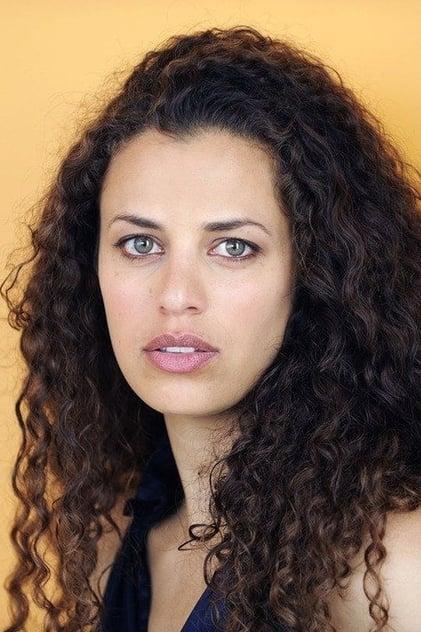 Athena Karkanis profile picture