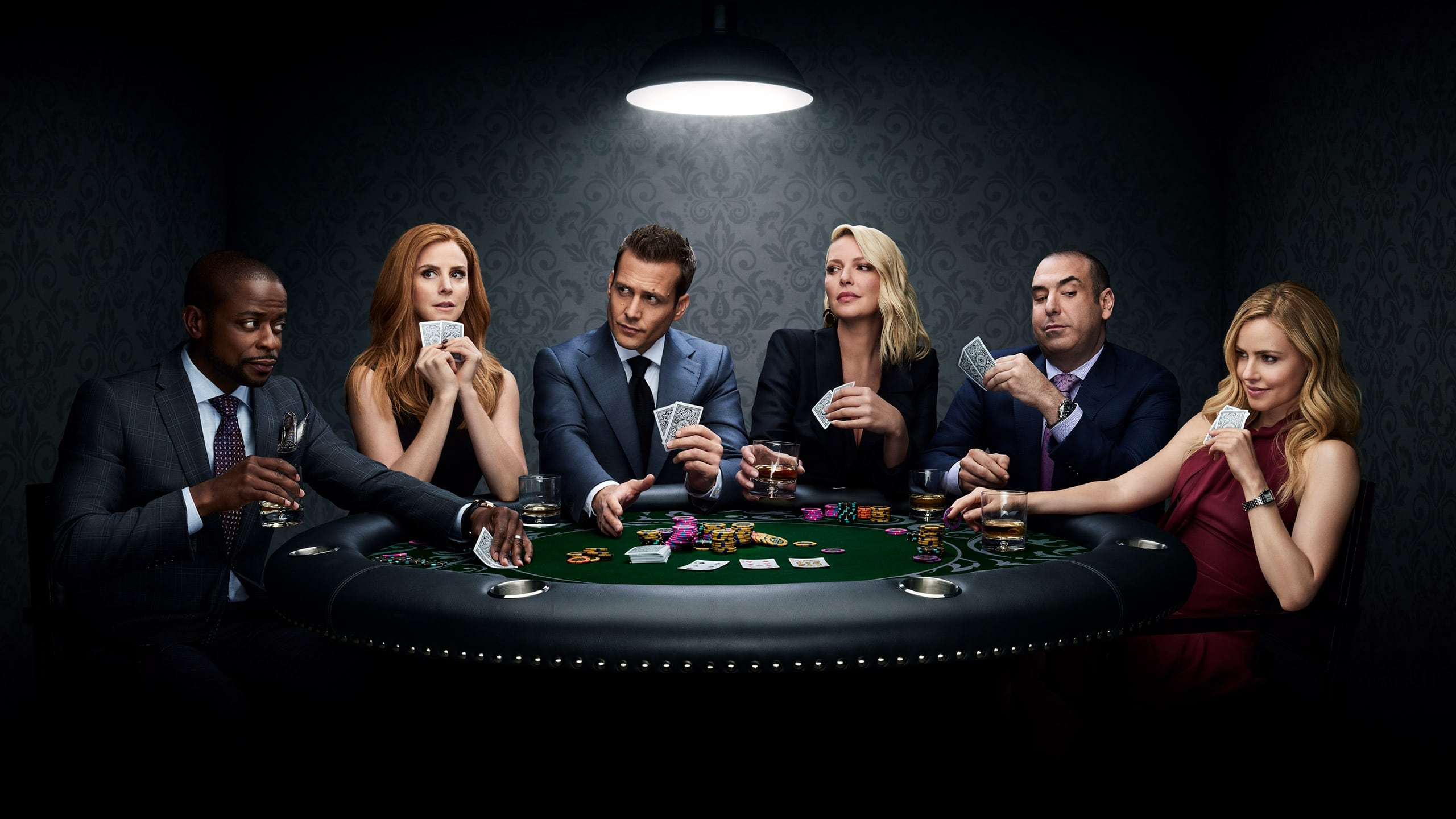 Suits follows college drop-out Mike Ross, who accidentally lands a job with one of New York's best legal closers, Harvey Specter. They soon become a winning team with Mike's raw talent and photographic memory, and Mike soon reminds Harvey of why he went into the field of law in the first place.