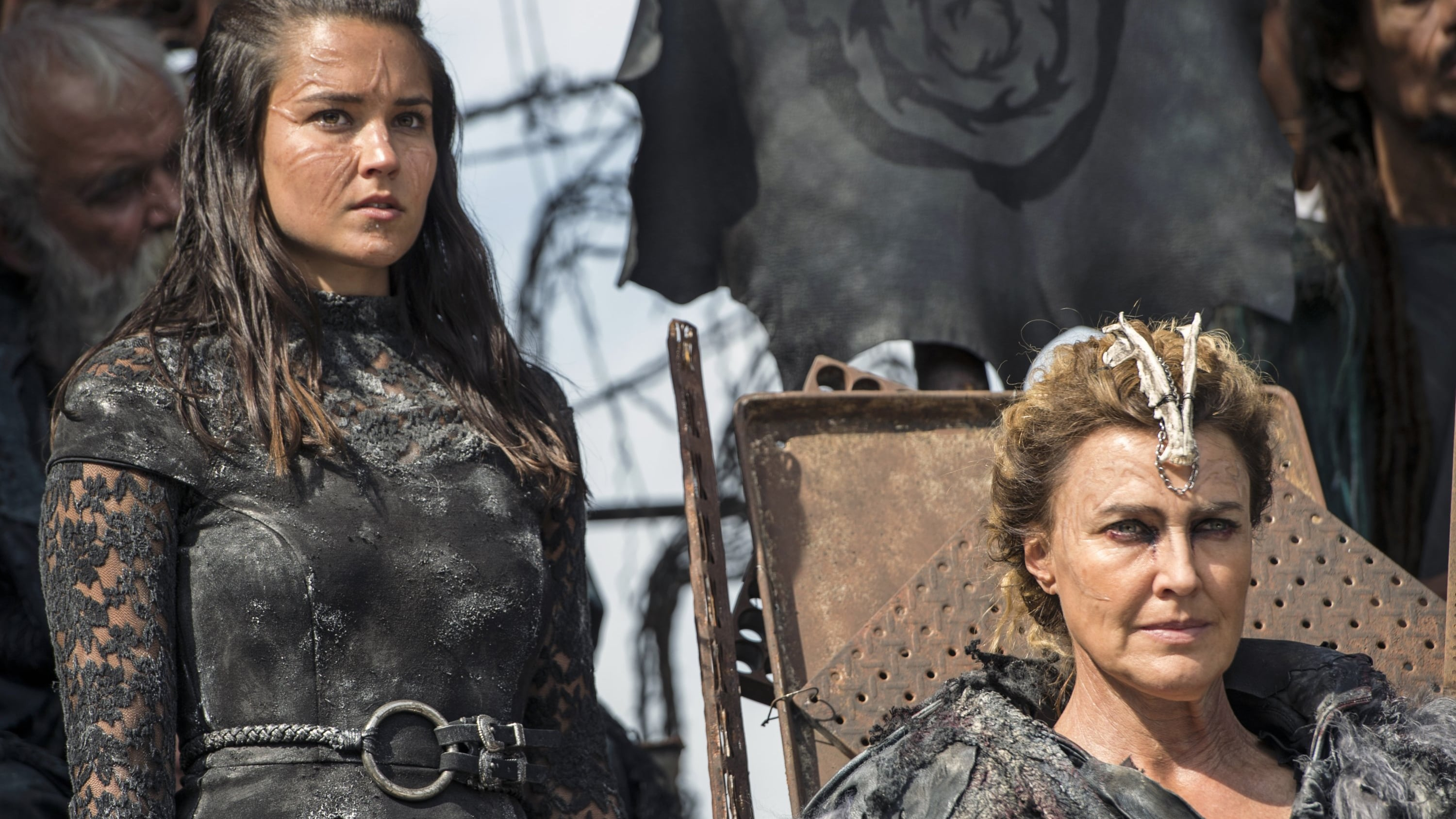 The 100 Season 3 :Episode 4  Watch the Thrones