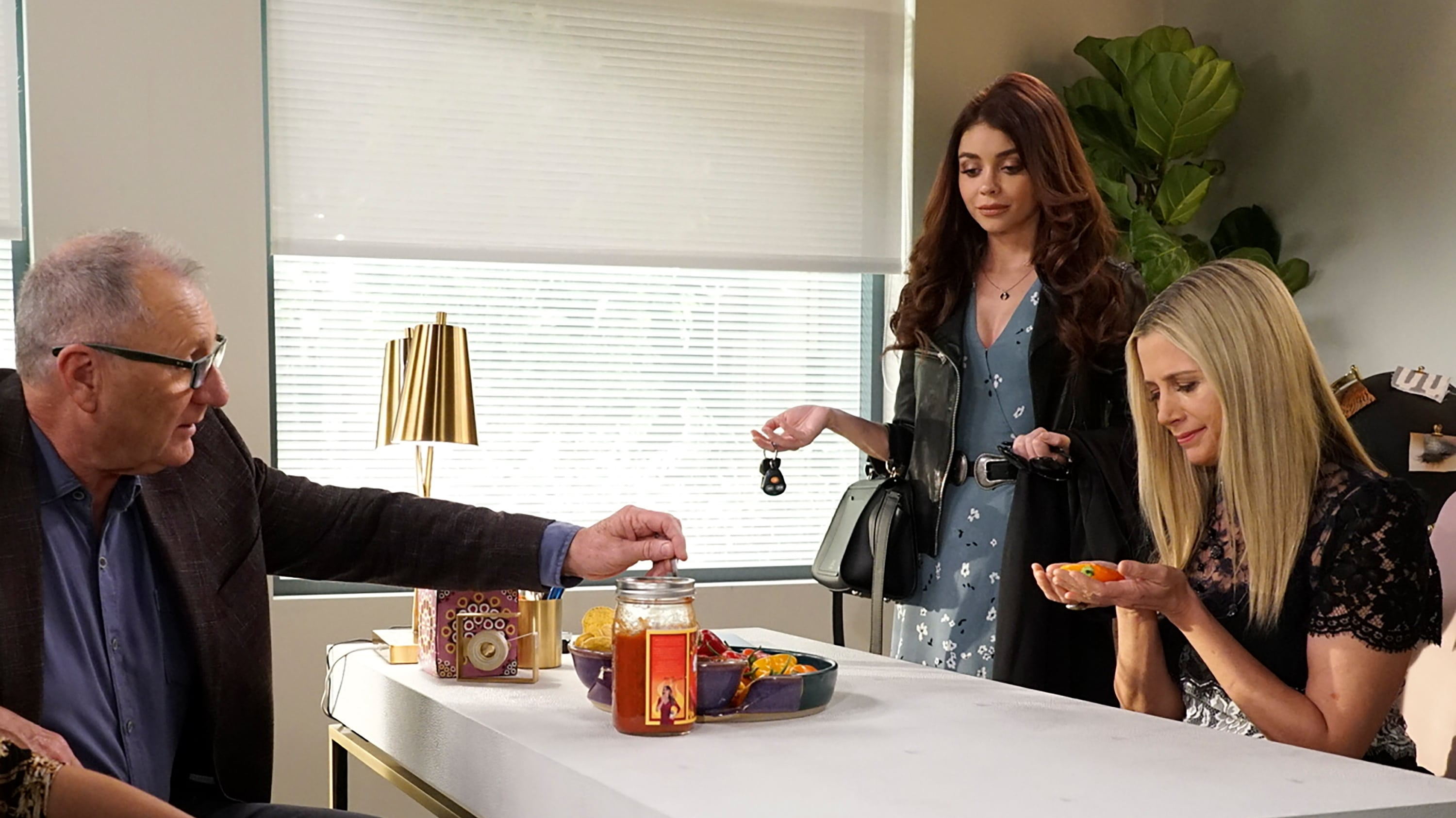 chips and salsa modern family watch online