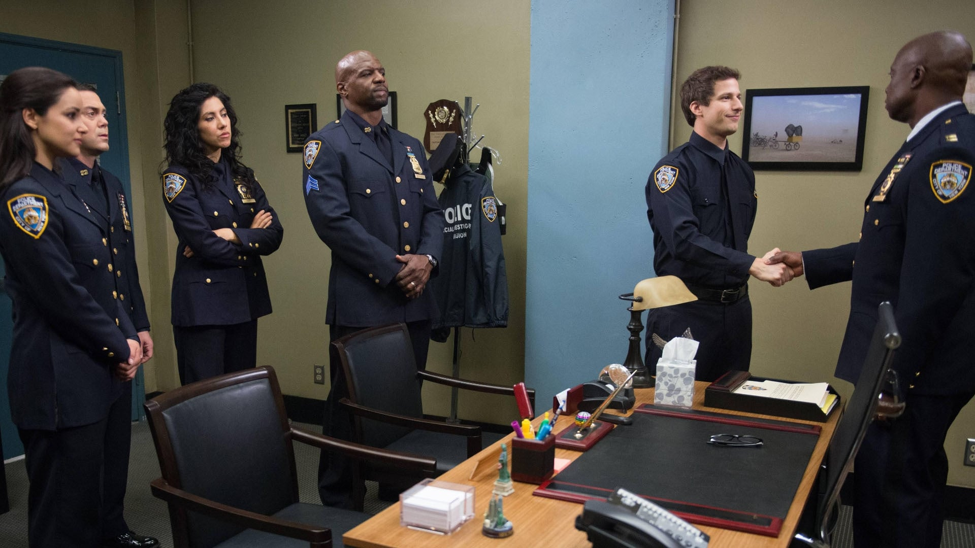 Brooklyn Nine-Nine Season 1 :Episode 22  Charges and Specs
