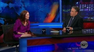 The Daily Show with Trevor Noah Season 15 :Episode 89 Julianne Moore