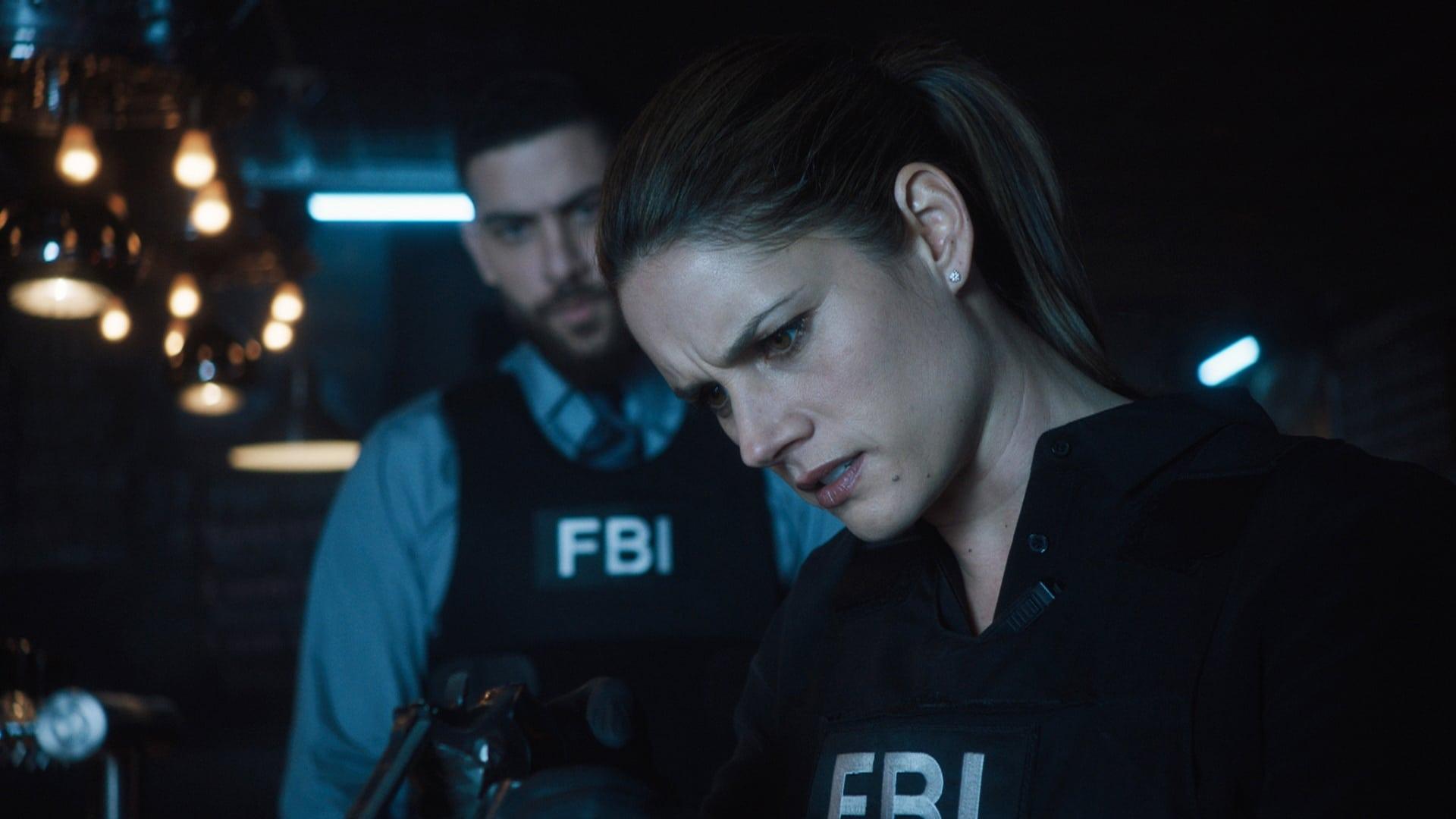 FBI Season 1 :Episode 21  Rote Seide