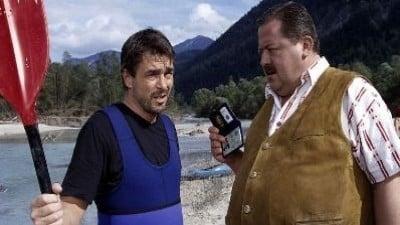 Die Rosenheim-Cops Season 5 :Episode 17  Mord am Fluss