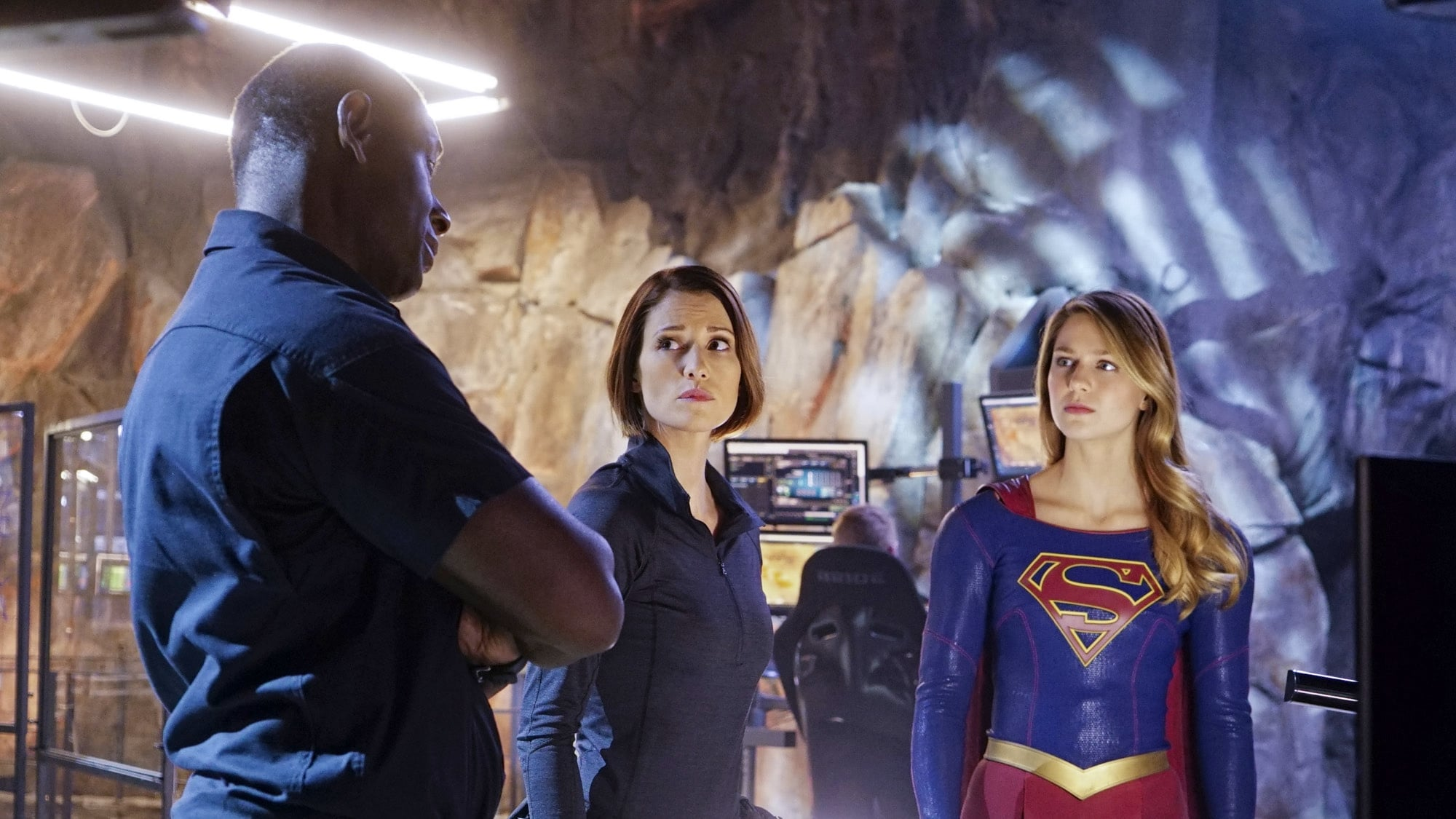 Supergirl Season 1 :Episode 12 Bizarro