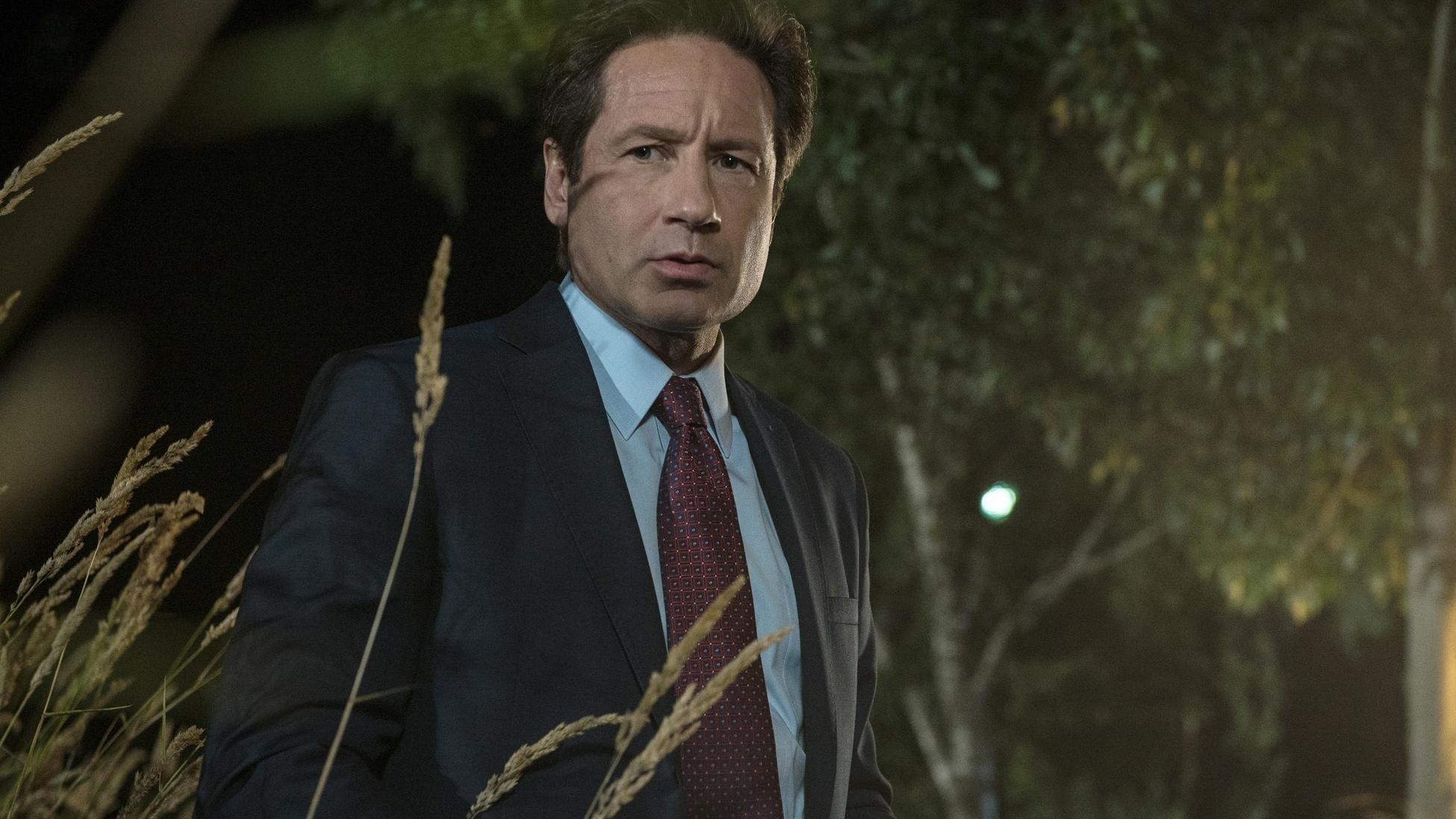 Mulder y scully conocen al hombre monstruo [PUNIQRANDLINE-(au-dating-names.txt) 38