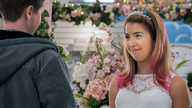 Superstore Season 1 :Episode 8  Wedding Day Sale