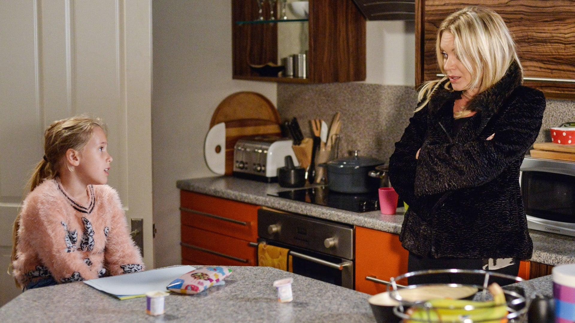 EastEnders Season 32 :Episode 195  08/12/2016