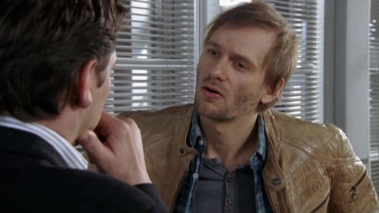 Die Rosenheim-Cops Season 9 :Episode 8  Ein Schuss in der Nacht