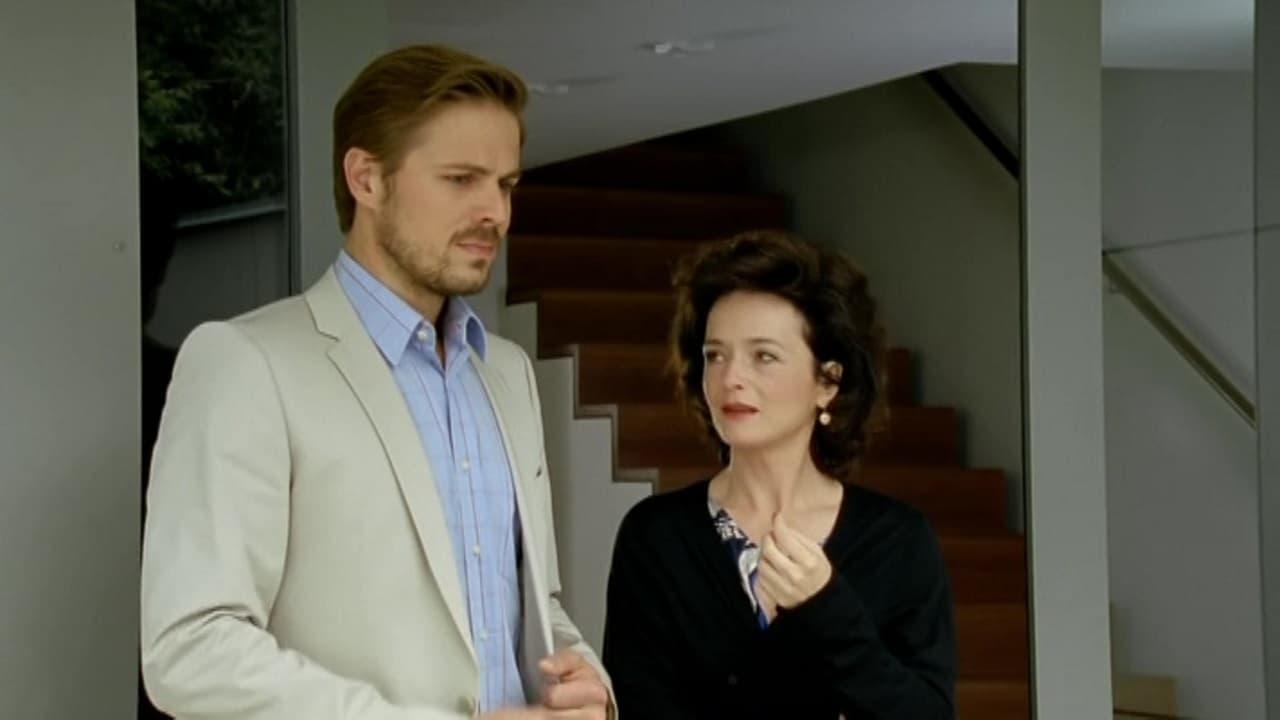 Die Rosenheim-Cops Season 12 :Episode 16  Wer zweimal stirbt, ist wirklich tot