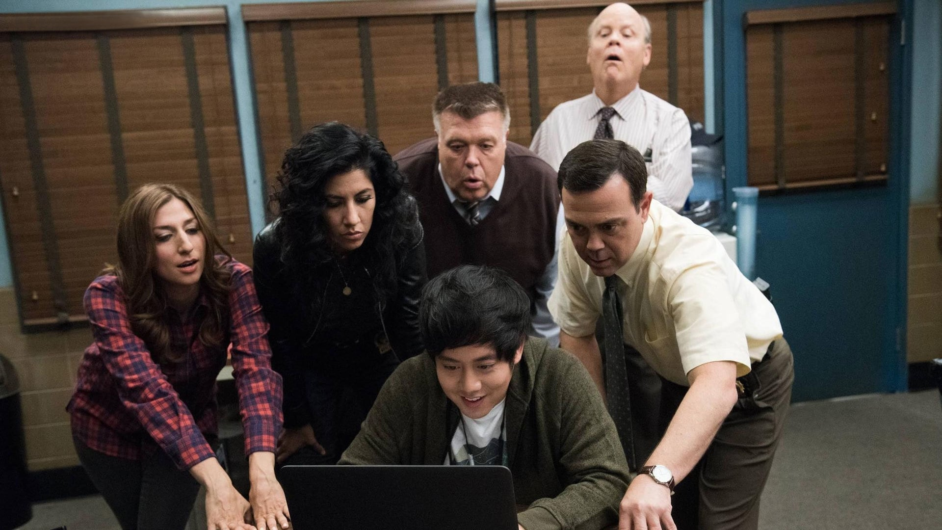 Brooklyn Nine-Nine Season 2 :Episode 13  Payback