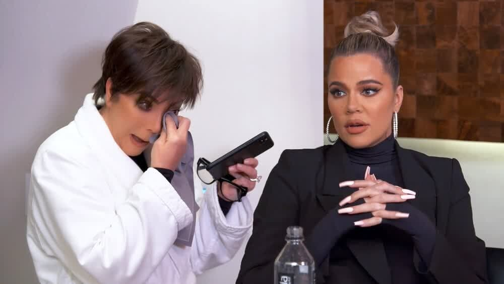 Keeping Up with the Kardashians Season 19 :Episode 4  Trouble in Palm Springs