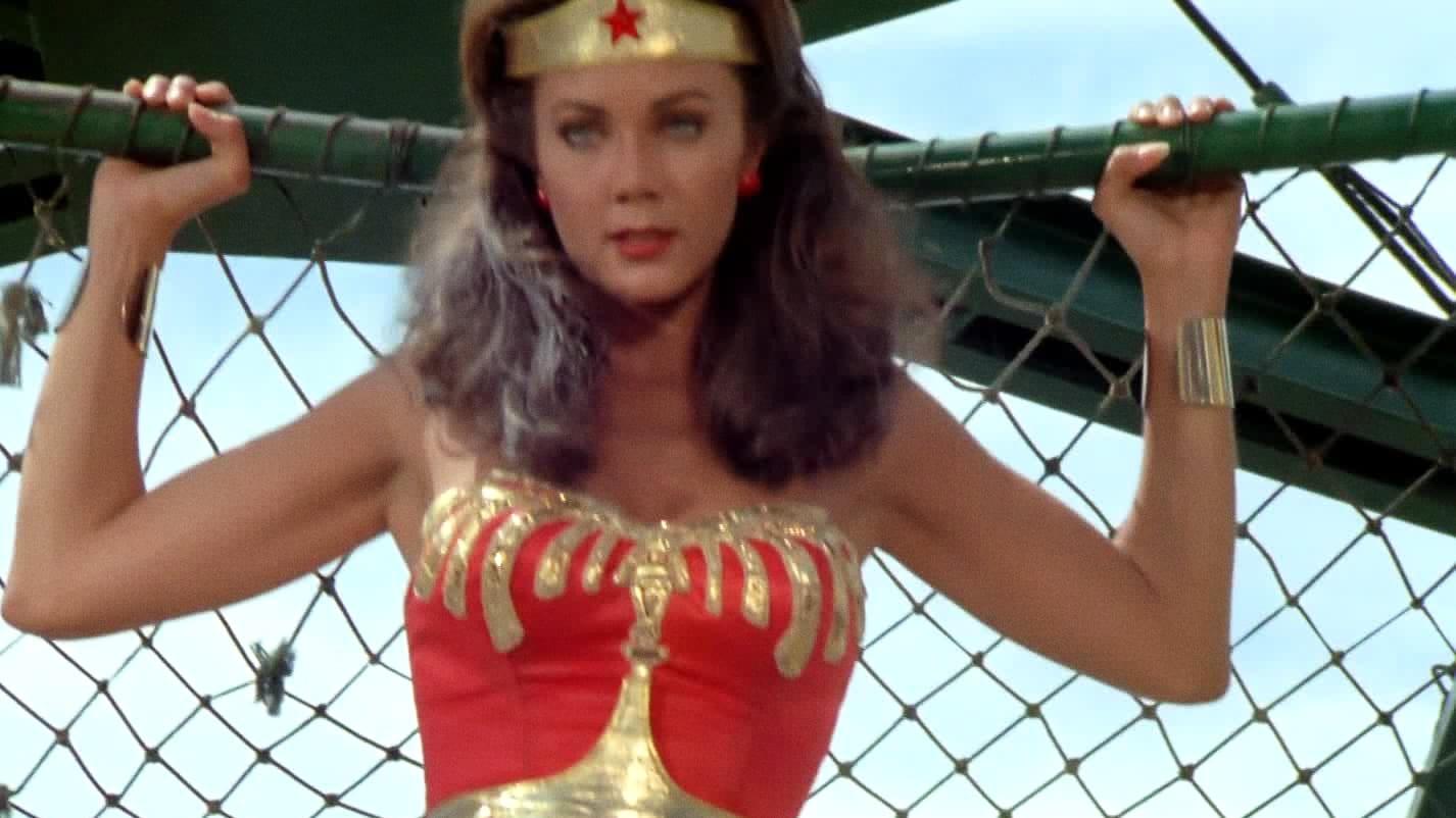 Wonder Woman Season 3 :Episode 2  Hot Wheels