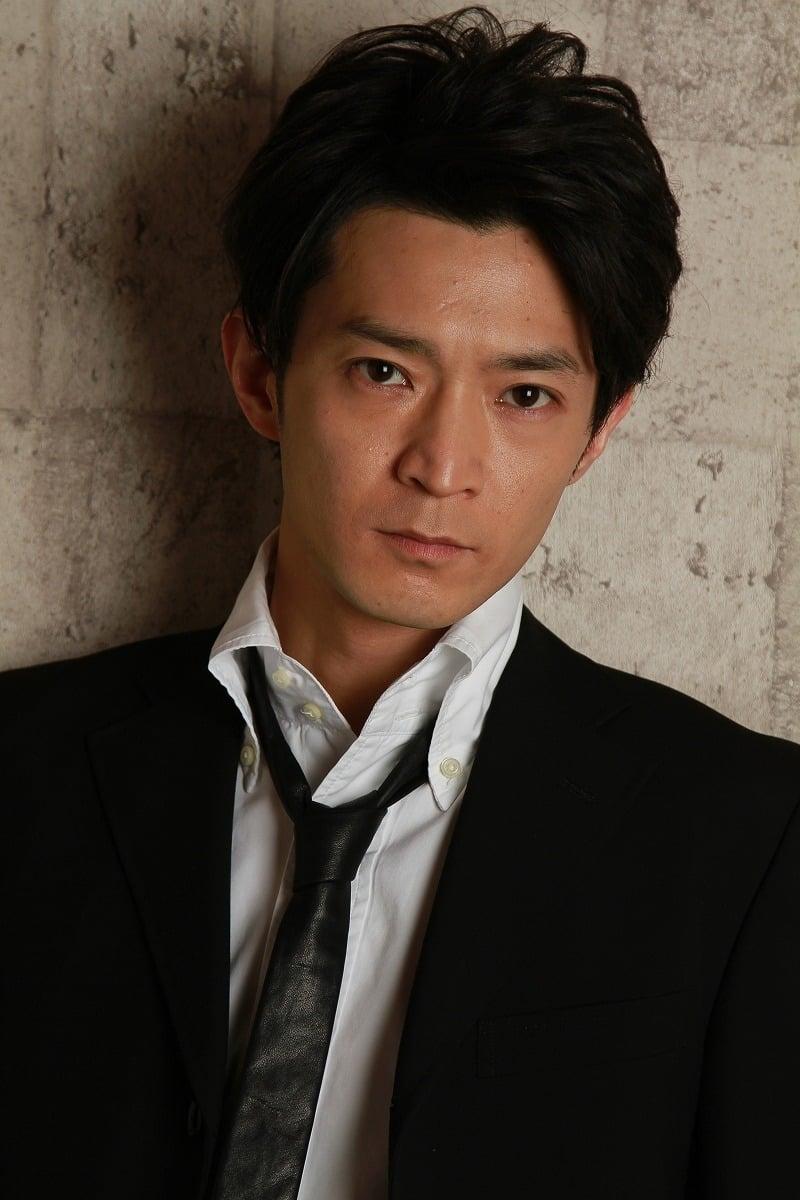 Kenjirou Tsuda isSeijuurou Mikoshiba (voice)
