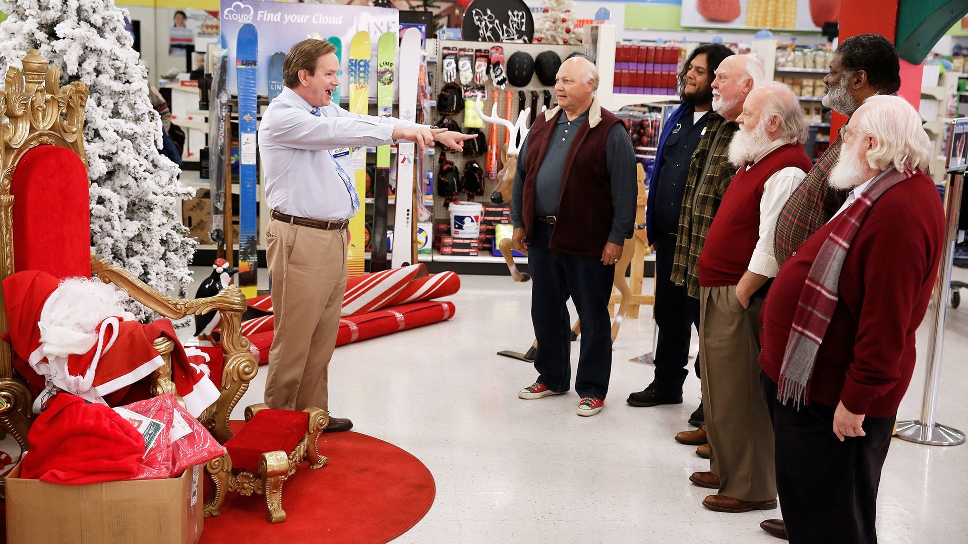 Superstore - Season 2 Episode 9 : Seasonal Help