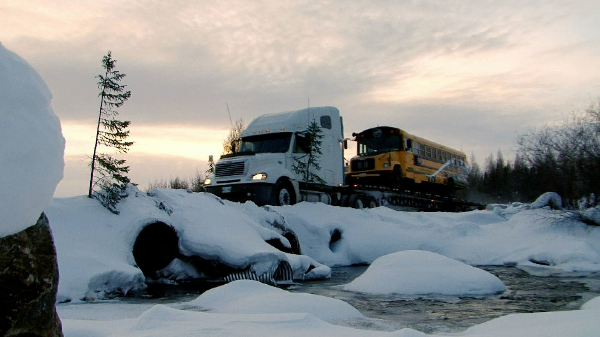 Ice Road Truckers Season 8 :Episode 10  Icing on the Lake