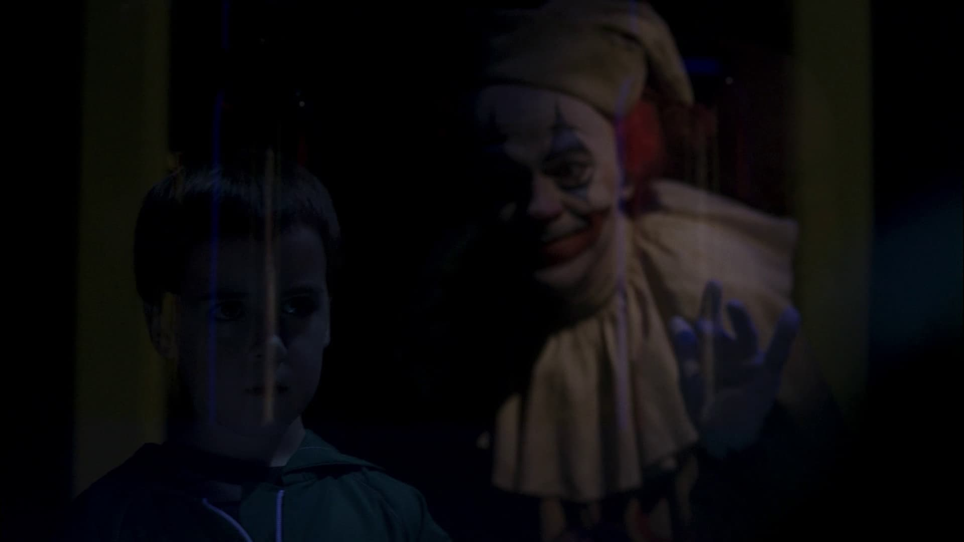 Supernatural Season 2 :Episode 2  Everybody Loves a Clown