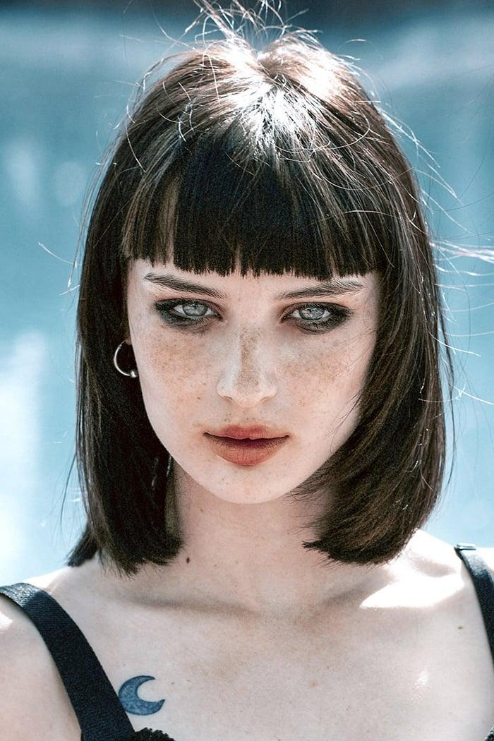 018/Alice B. - Alex Model Agency