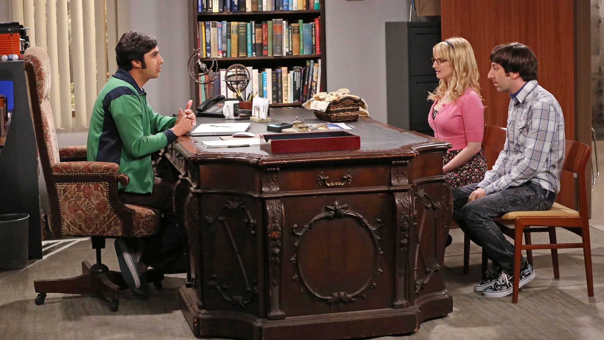 The Big Bang Theory Season 8 :Episode 9  The Septum Deviation
