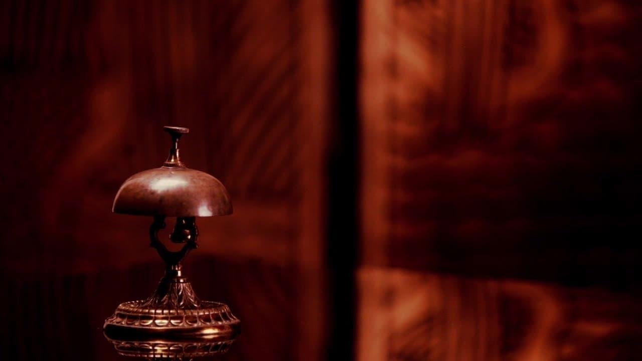 American Horror Story - Season 2 Episode 2 : Tricks and Treats