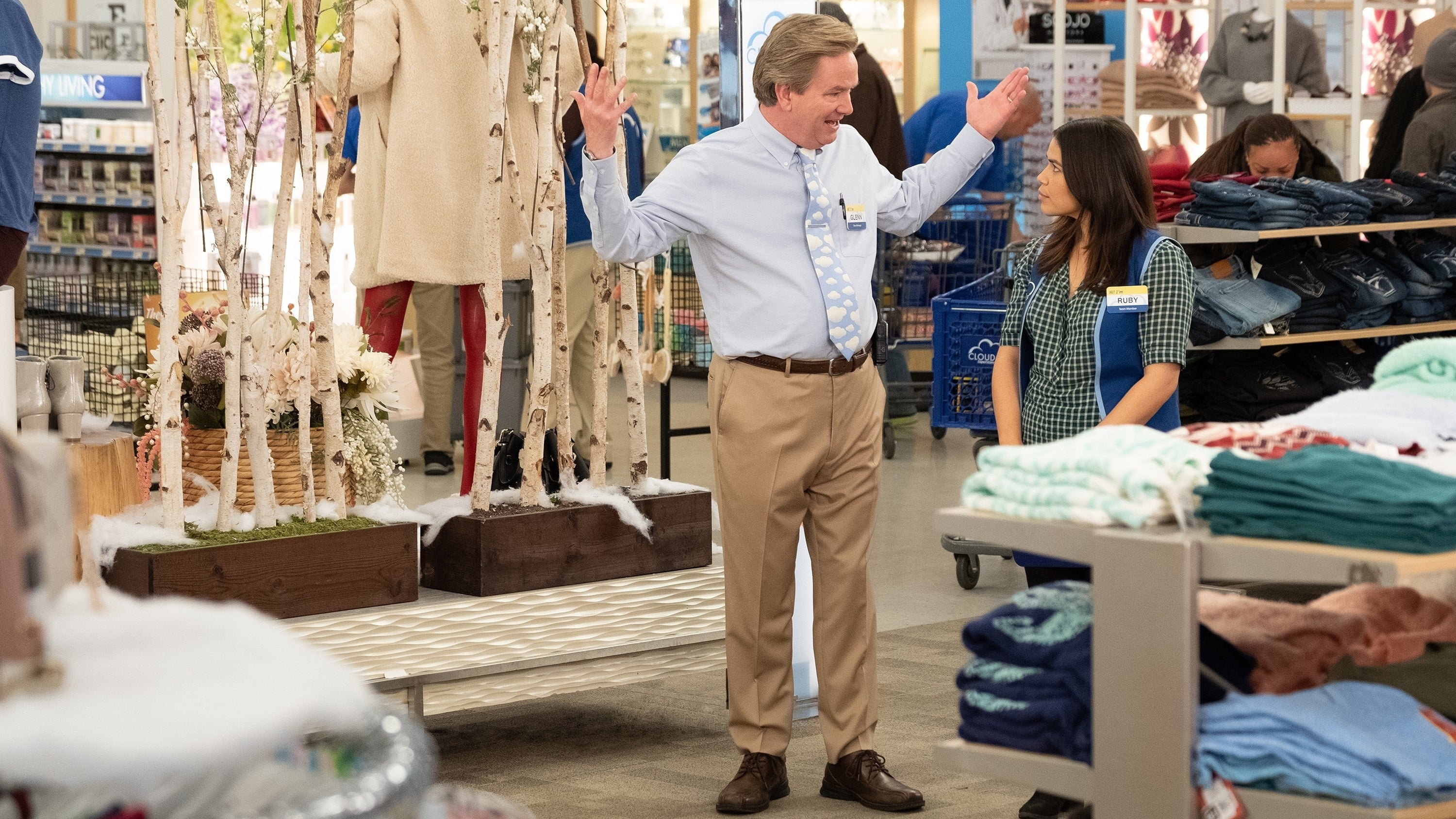 Superstore Season 4 :Episode 9  Shadowing Glenn
