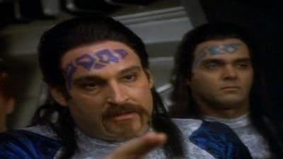Star Trek: Deep Space Nine - Season 1 Episode 10 : Move Along Home (1970)