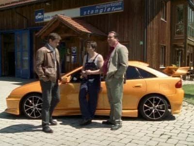 Die Rosenheim-Cops Season 8 :Episode 7  Eine Mordsrechnung