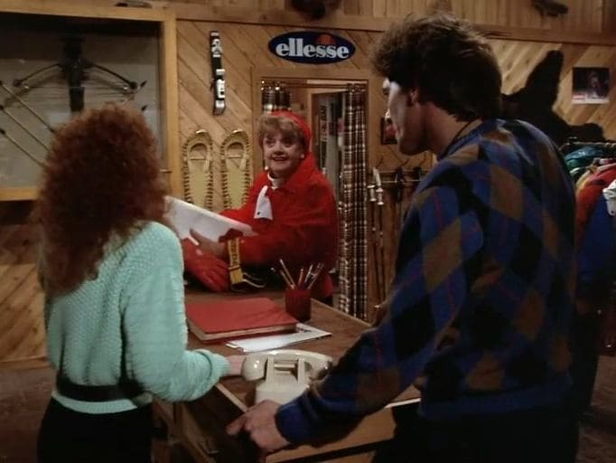 Murder, She Wrote Season 5 :Episode 4  Snow White, Blood Red