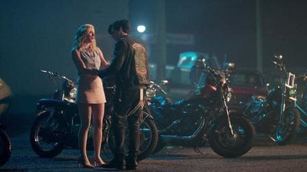 Riverdale Season 2 :Episode 8  Chapter Twenty-One: House of the Devil