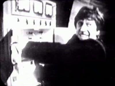 Doctor Who Season 4 :Episode 21  The Underwater Menace, Episode Three