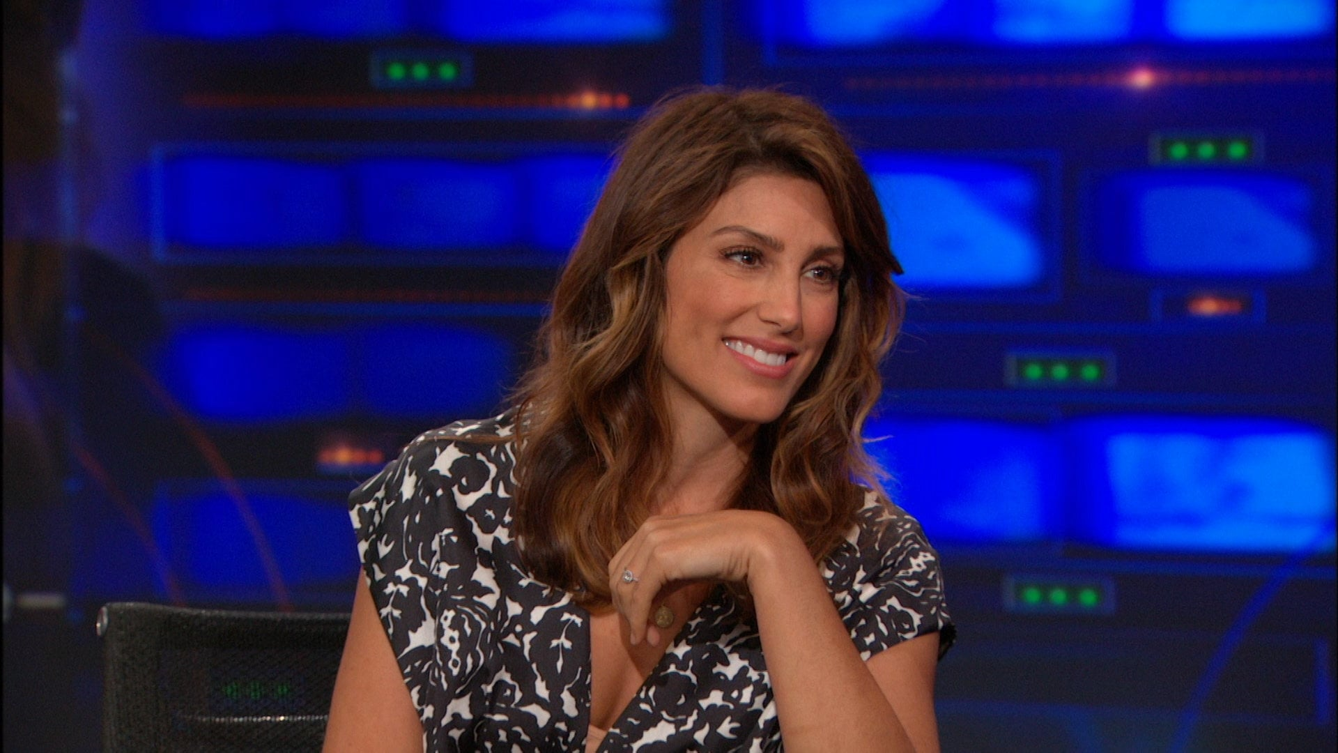 The Daily Show with Trevor Noah Season 19 :Episode 124  Jennifer Esposito