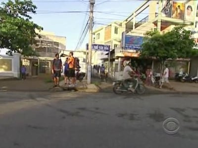 The Amazing Race Season 15 :Episode 2  It's Like Being Dropped on Planet Mars