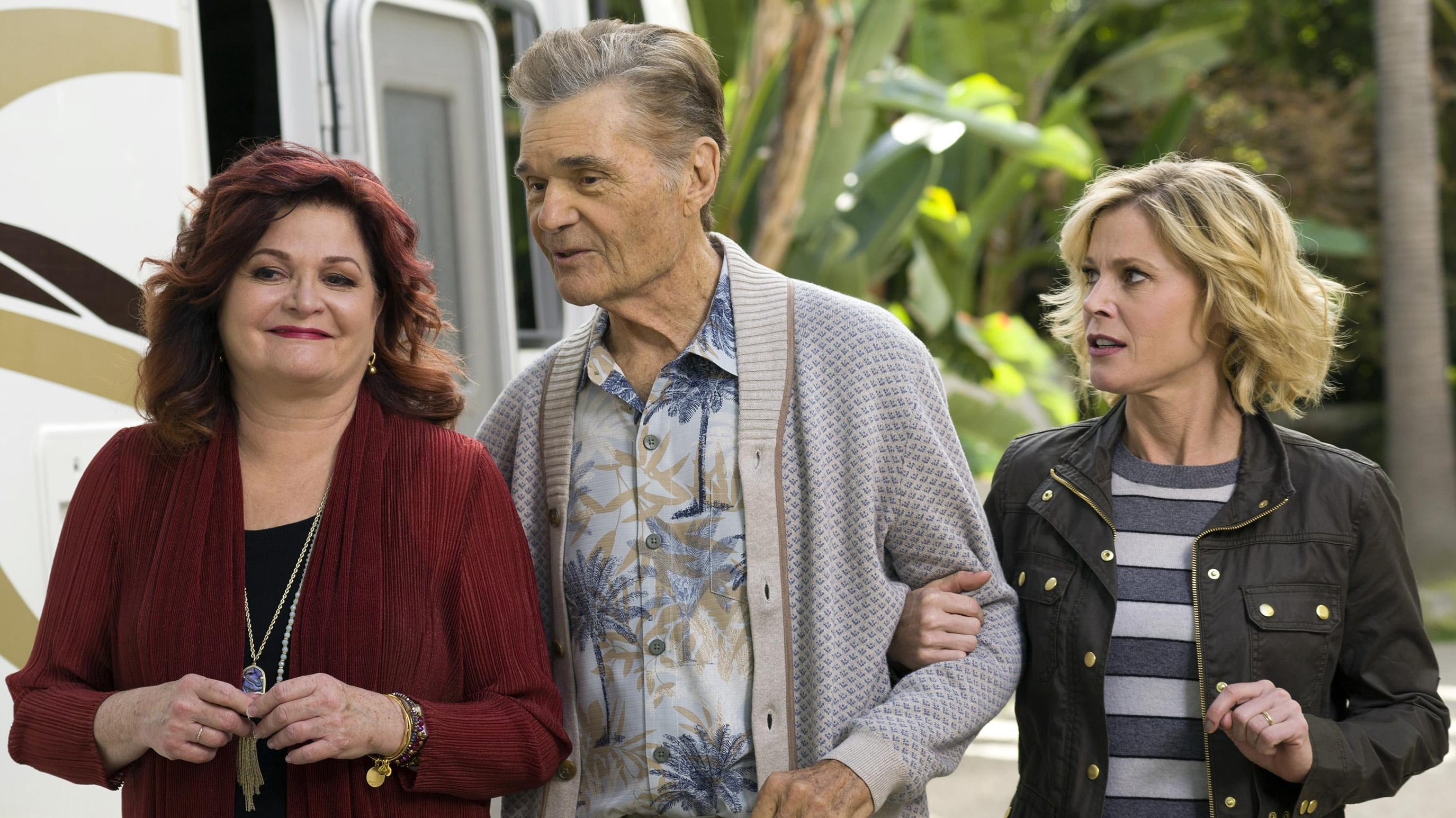 Modern family season 5 episode 10 online - Famous movie mansions