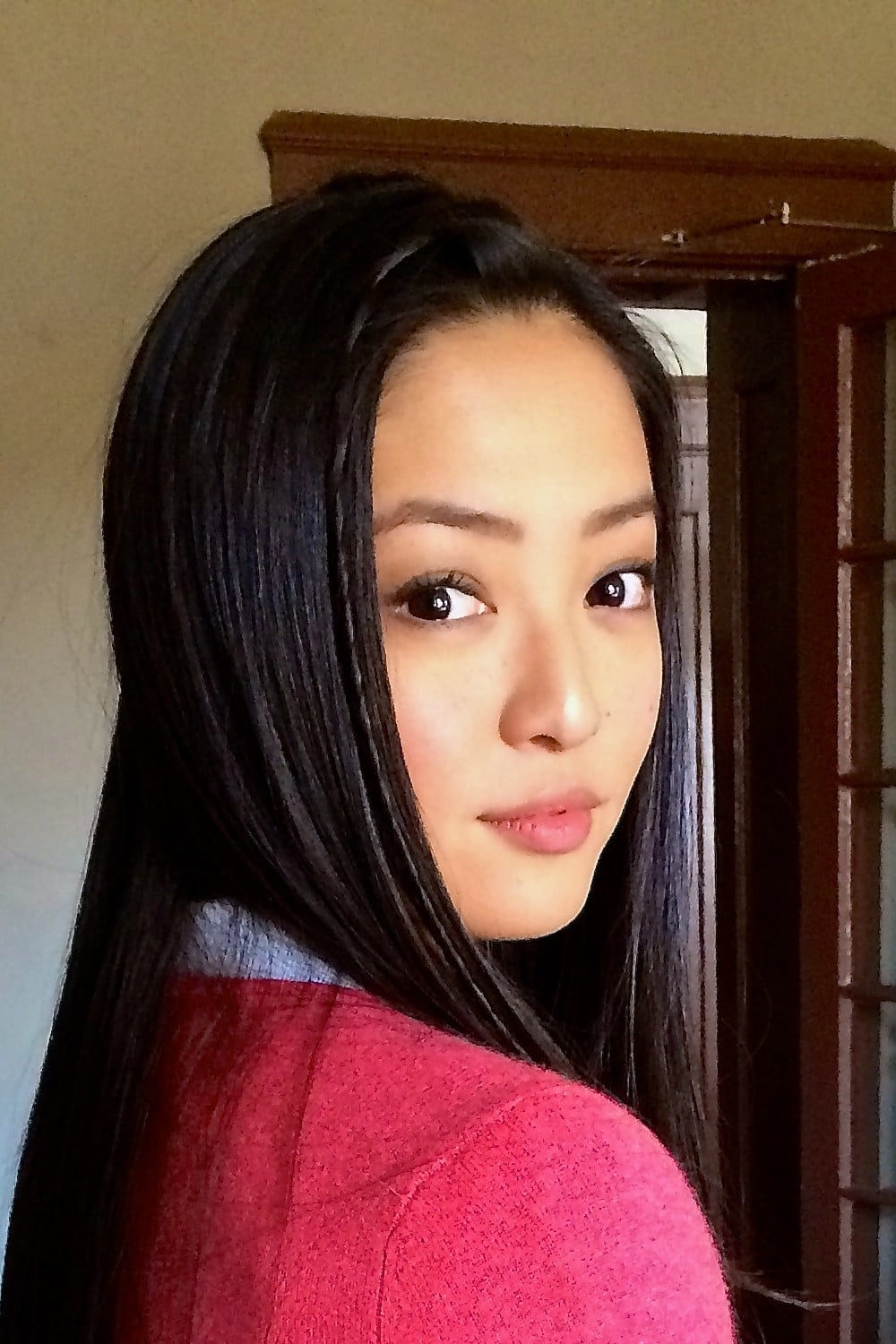 Chelsea Zhang Profile Images The Movie Database Tmdb Every movie and tv show chelsea zhang has acted in, directed, produced, or written and where to stream it online for free, with a subscription or for rent or purchase. chelsea zhang profile images the