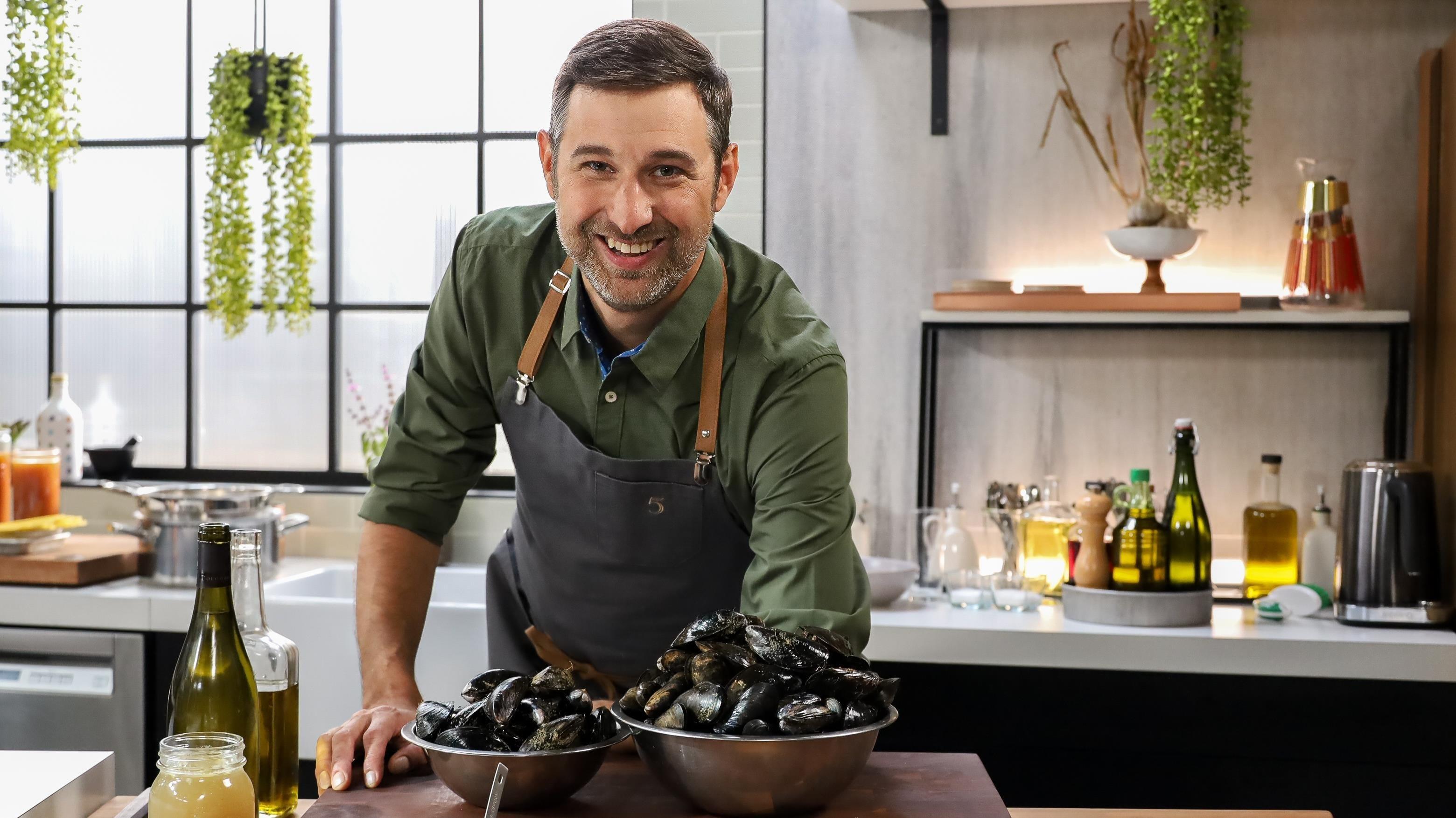 5 chefs dans ma cuisine Season 1 :Episode 46  Episode 46