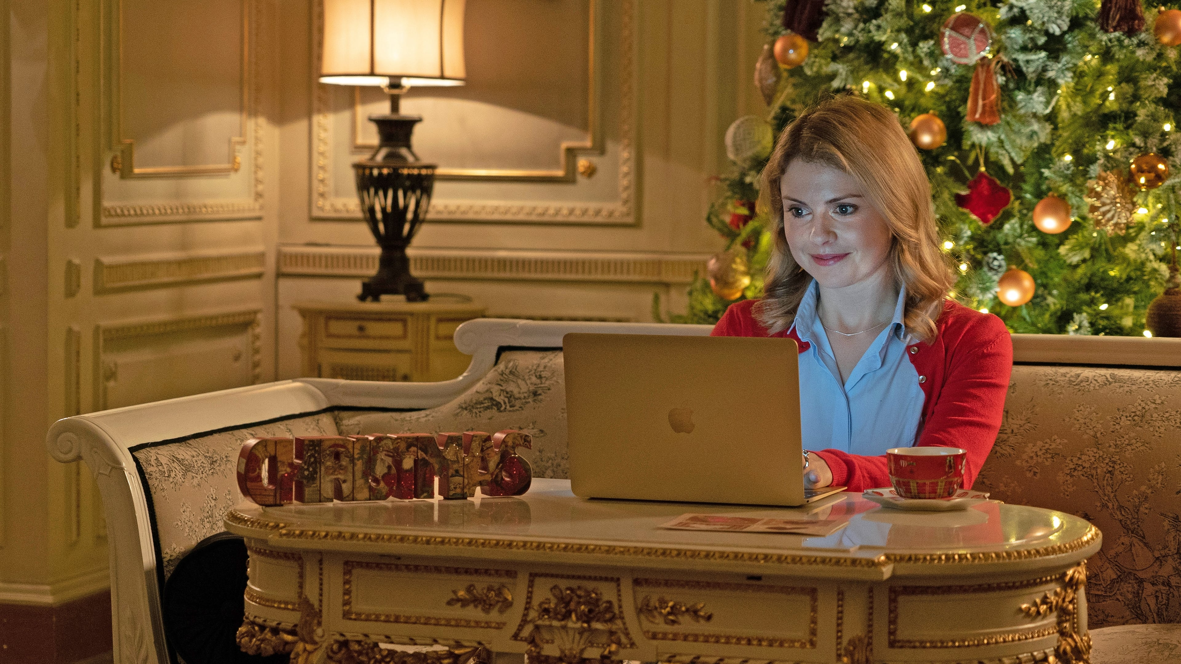 A Christmas Prince: The Royal Wedding (2018) Free Online - Vmovee HD