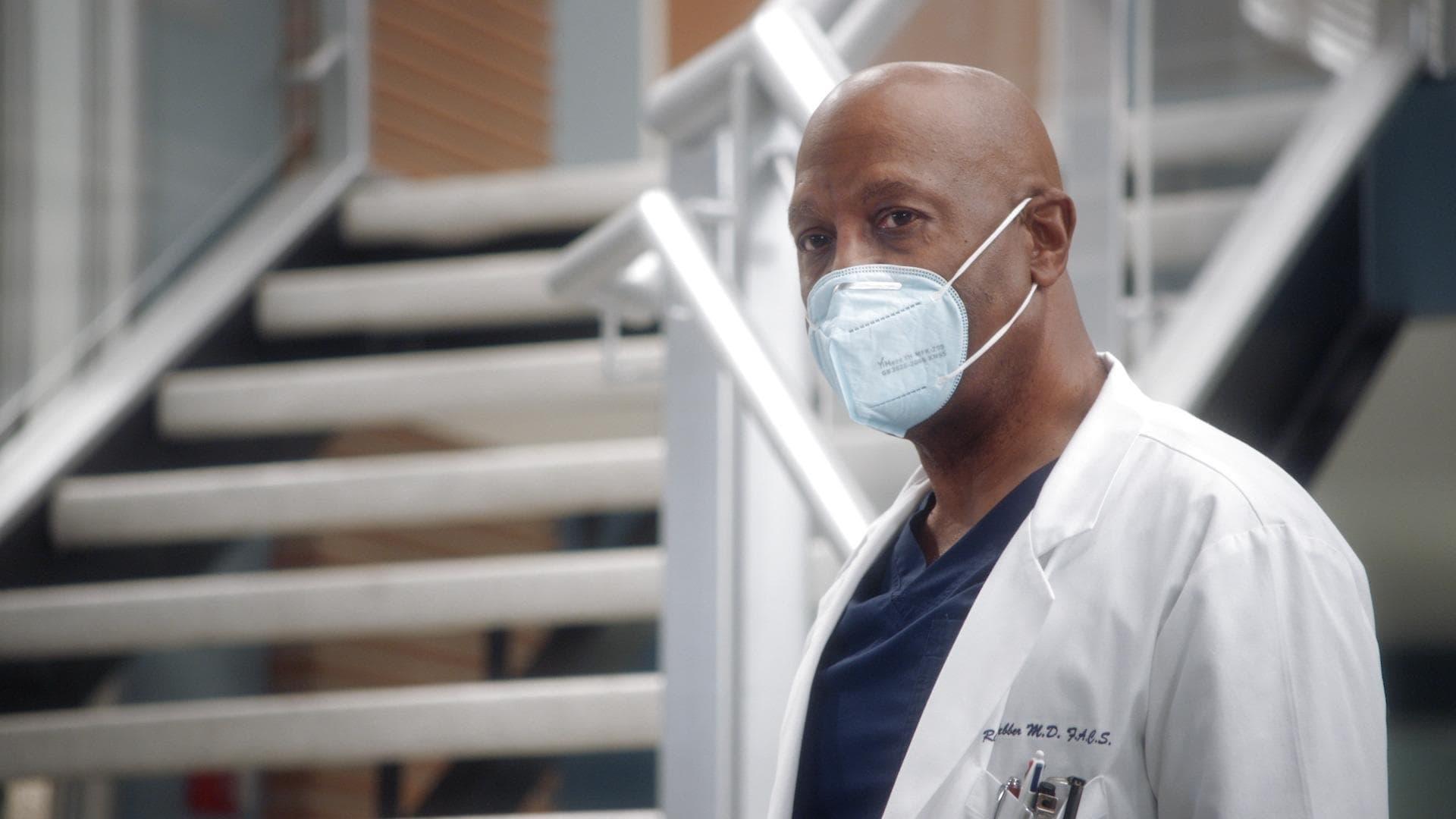 Grey's Anatomy Season 17 :Episode 2  The Center Won't Hold