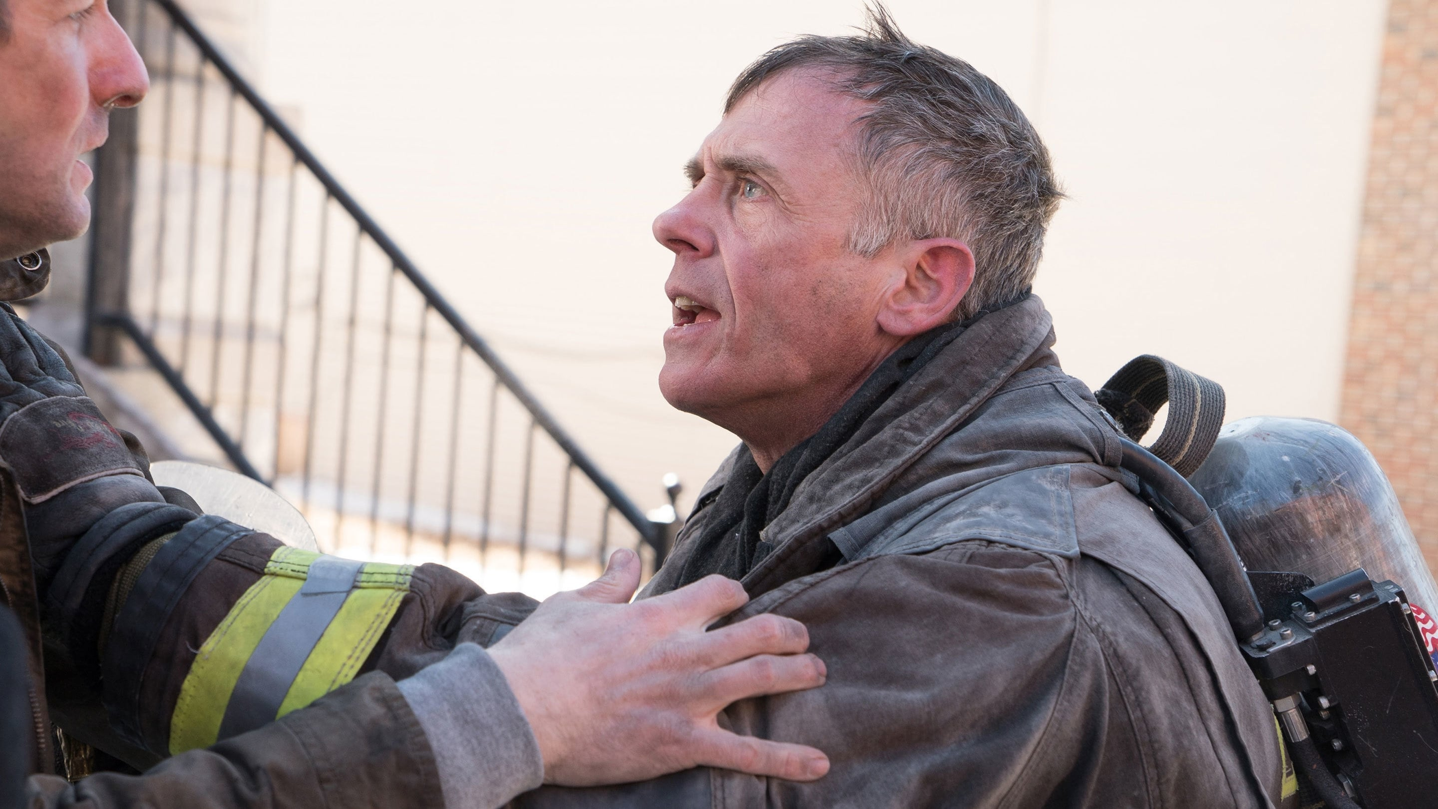 Chicago Fire Season 3 :Episode 18  Bedingungslos
