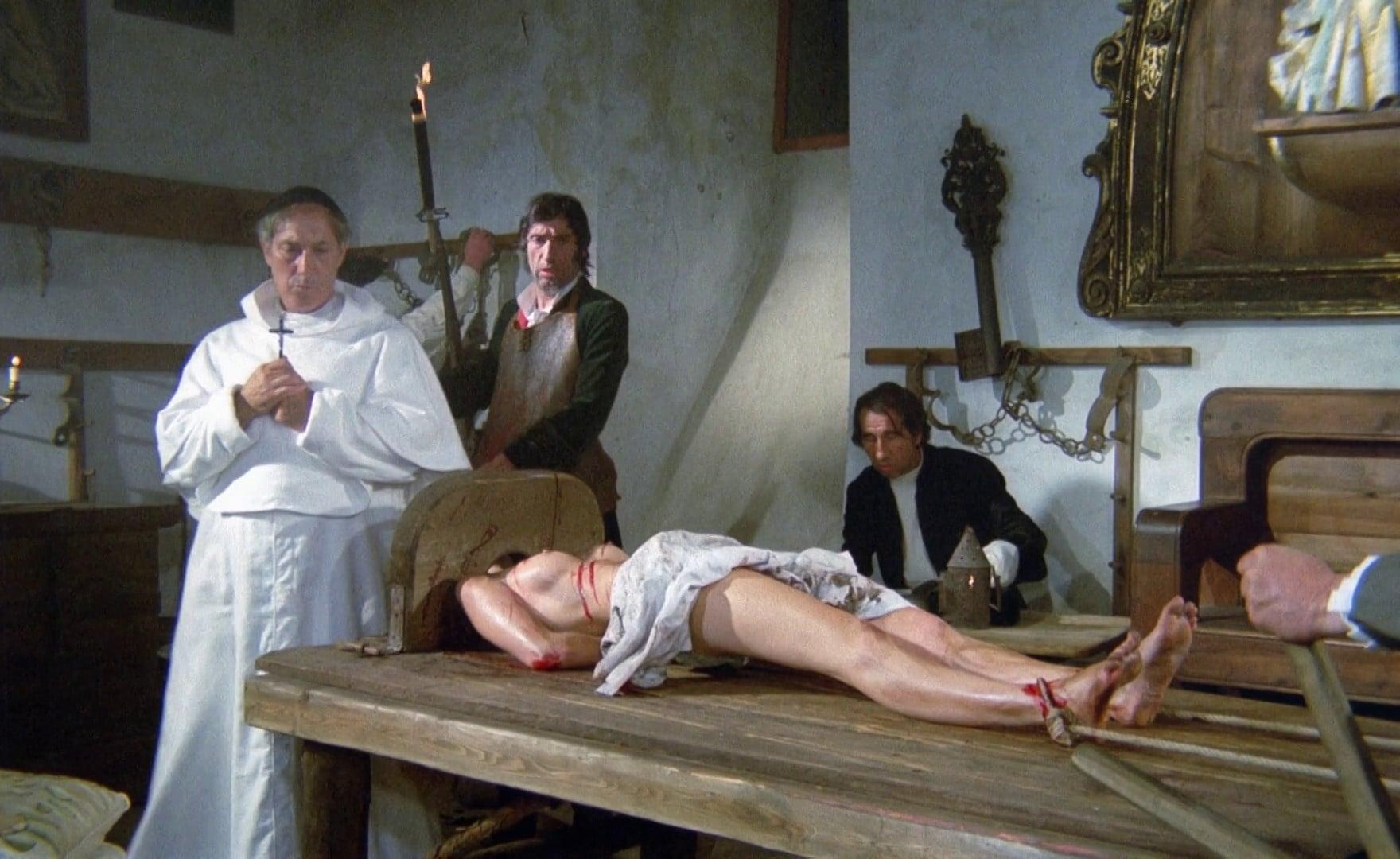 Club satan the witches sabbath scene 2 10