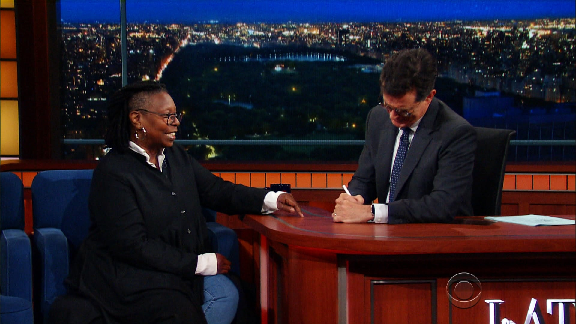 The Late Show with Stephen Colbert Season 2 :Episode 2  Whoopi Goldberg, Regina Hall, Captain Sully Sullenberger