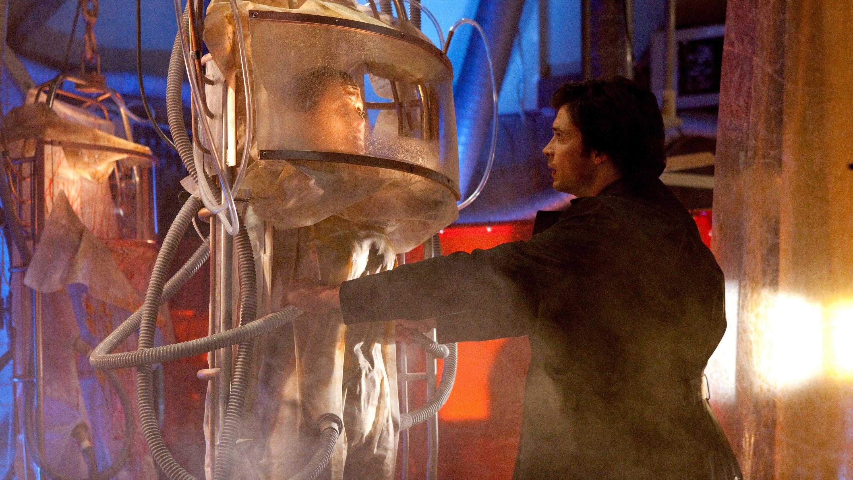 Smallville 9×14 – Conspiración