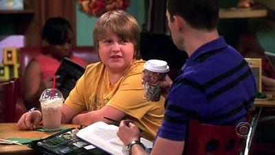 Two and a Half Men Season 5 :Episode 4  Eine Blondine mit Kaffee