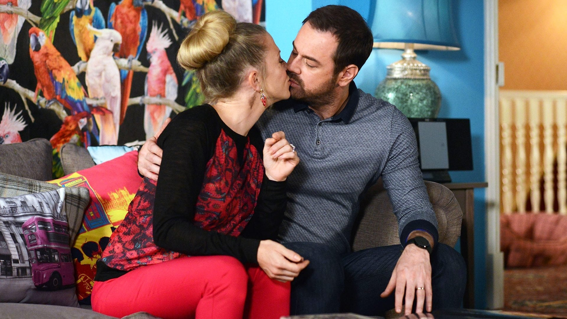 EastEnders Season 30 :Episode 175  06/11/2014