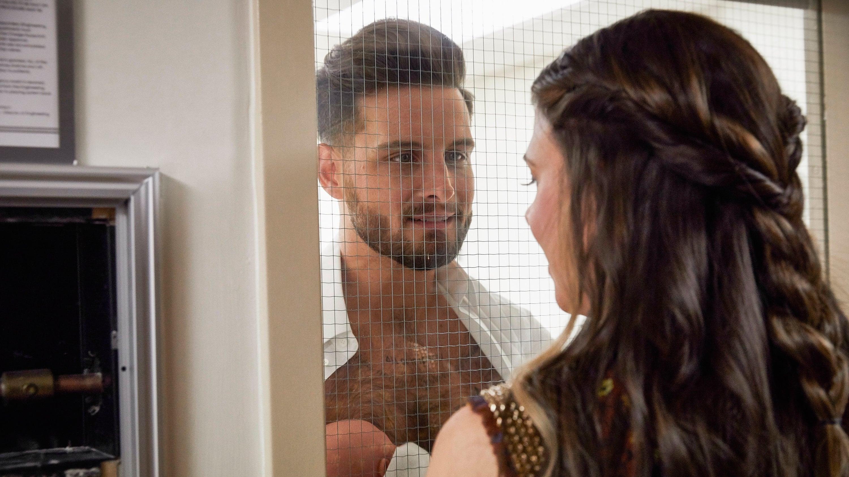 τυφλή dating σε απευθείας σύνδεση υποτιτλοποίηση σε Romana HD