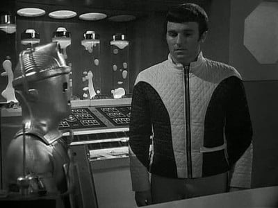 Doctor Who Season 5 :Episode 40  The Wheel in Space, Episode Six