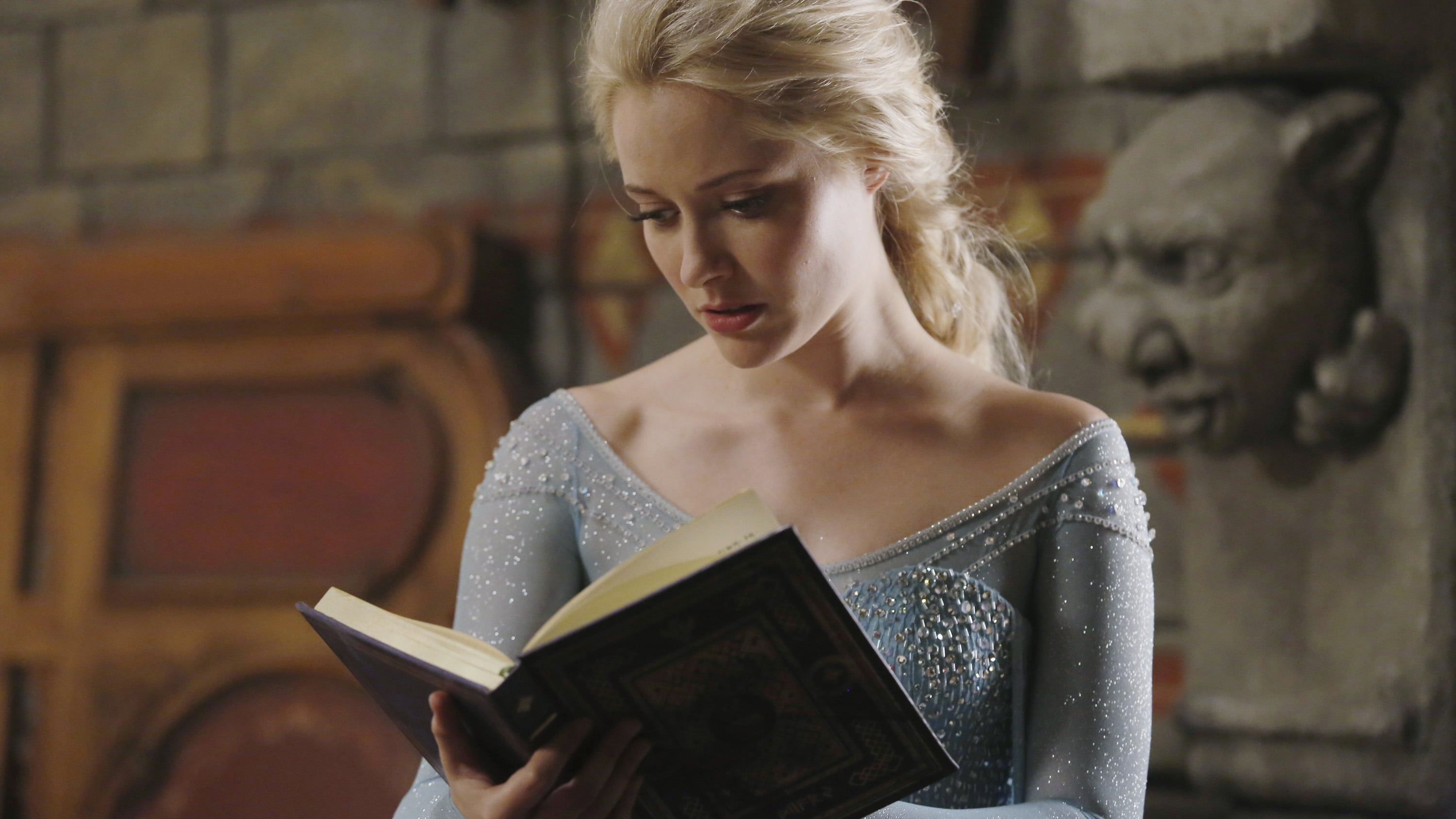 Once Upon a Time Season 4 :Episode 1  A Tale of Two Sisters